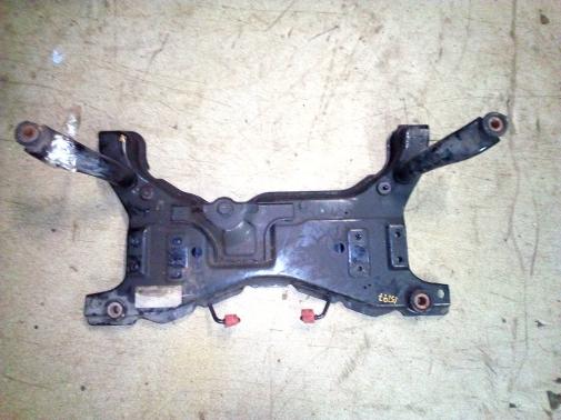 Подрамник (передняя балка мотора)
