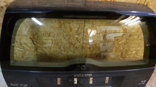 Стекло крышки багажника